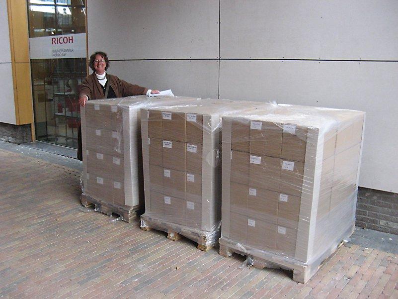 Sweltsjerige Berneboeken op pallets